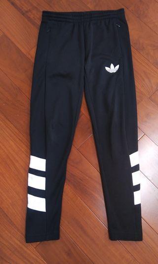 Adidas 直筒修身褲