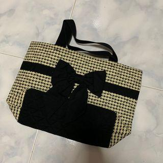 Washable Narayan tote handbag