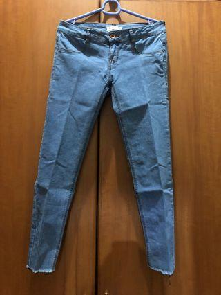 #LalamoveCarousell Celana Jeans PULL&BEAR