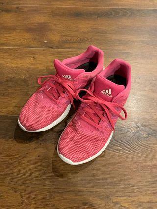Adidas 球鞋 極輕量慢跑鞋 23.5/38