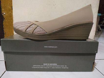 Sepatu Hak (Wedges)