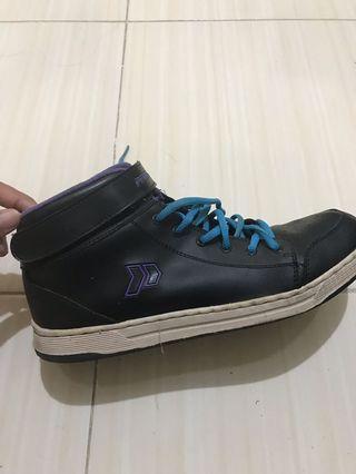 Sepatu Precise Gisel 2 (Unisex)