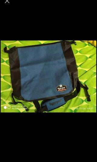 HyperGear Sling Bag Neo Blue Used