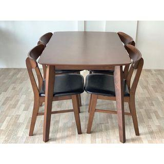 Dining Table 4 Seater (FREE POSTAGE) NO COD