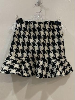 Auth💯 TpShop knit Skirt ( Retails for 1,200)
