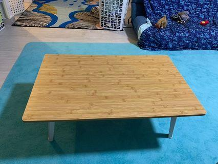 🚚 Wooden foldable floor table