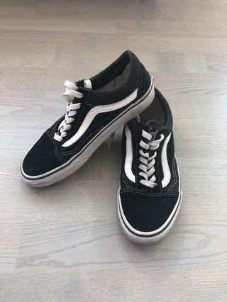 Vans old school (women's 7.5)