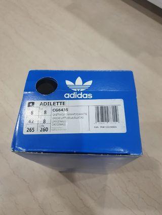 [ WTS ] BN Adidas Adilette Slides