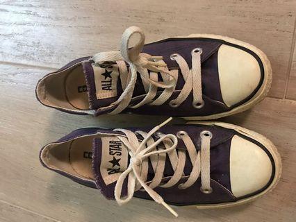 Converse All Star 紫色布鞋