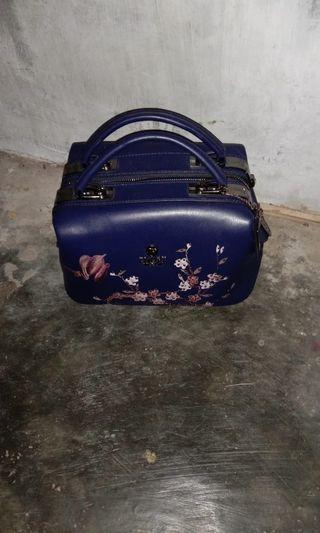 Tas perempuan dokter bag