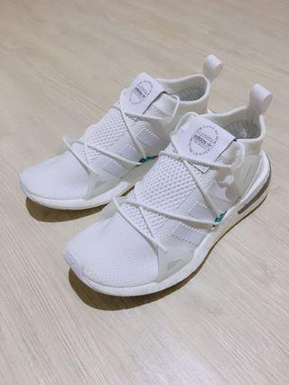 🚚 Adidas Arkyn Boost 白綠 24cm