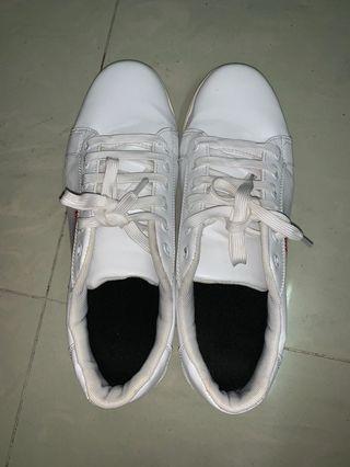 波鞋46碼