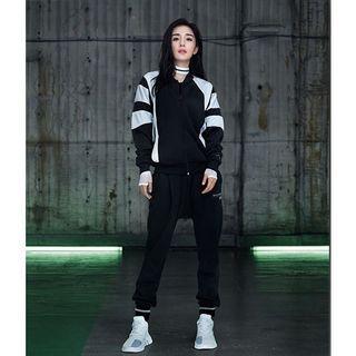 🚚 Adidas Originals EQT 三葉草黑白拼接 運動立領外套