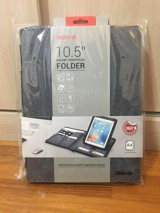 """AGVA 10.5"""" gadget portfolio folder"""