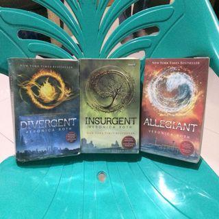 Novel Divergent Insurgent Allegiant Trilogy Series