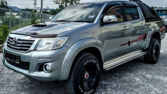 Toyota HILUX vnt g spec 2.4