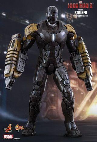 Hot Toys Iron Man Striker