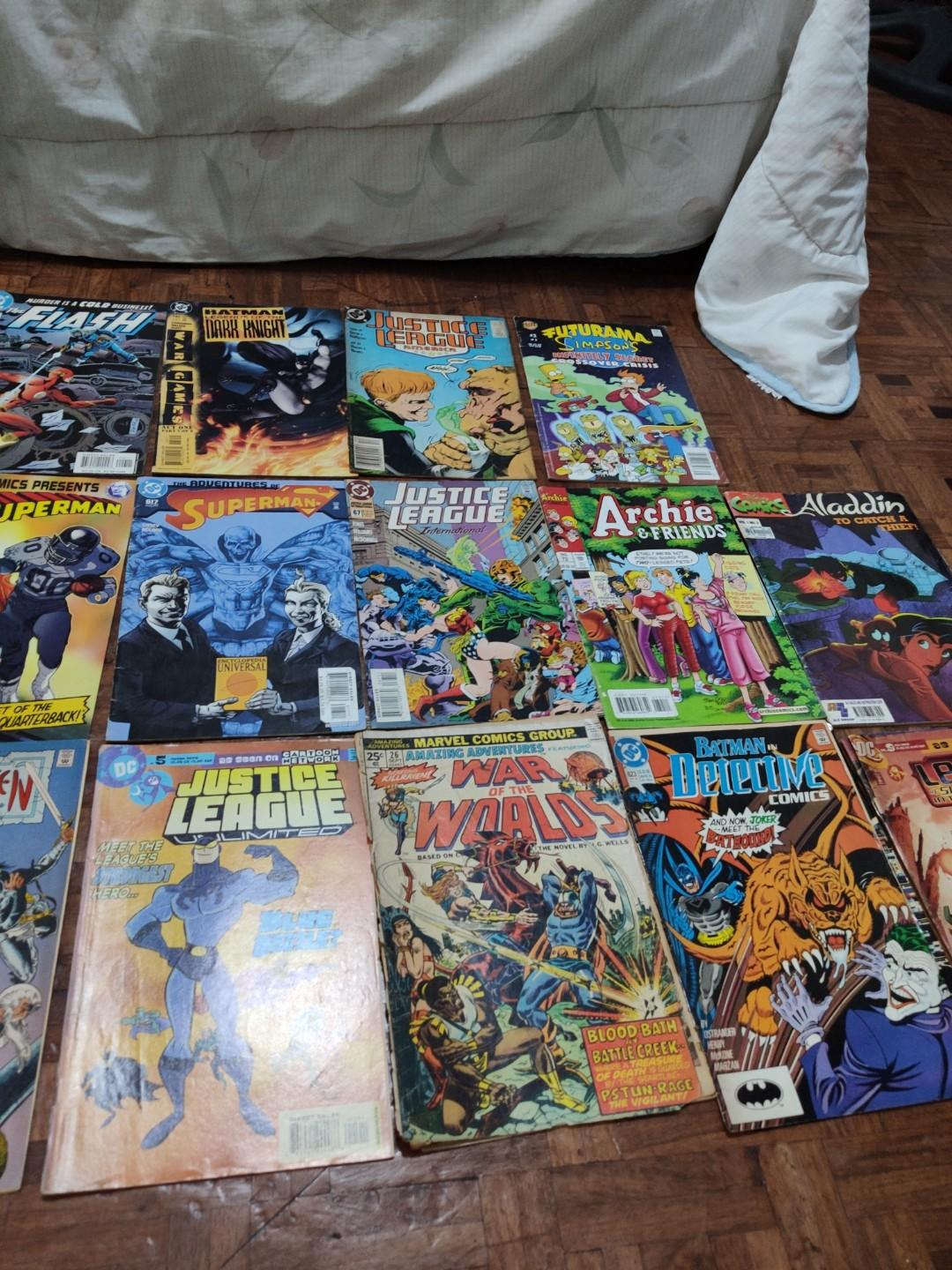 DC Comics Set(Batman, Superman, Flash, Justice League, Teen Titans) with Assorted Comics and Free Damaged Comics