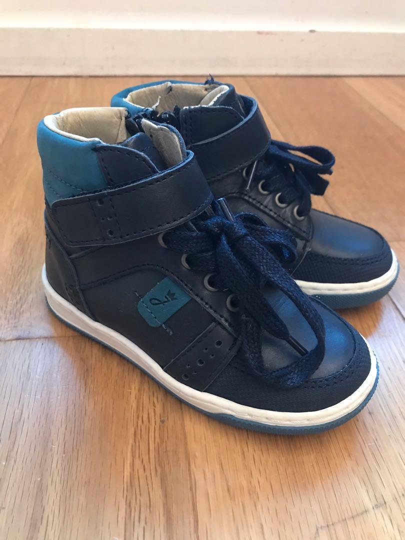 Jacadi boy shoes (size 24) on Carousell