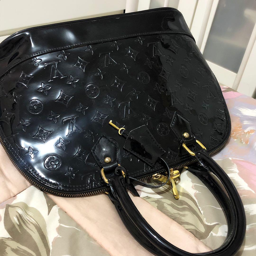 Louis Vuitton Alma Monogram Vernish Mirror Quality Glossy Black Gold tas LV