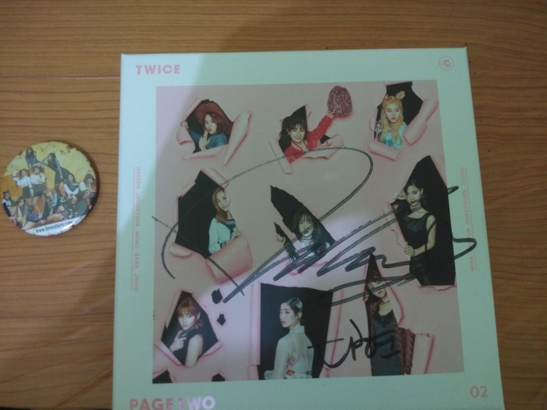Official Twice dahyun signed mnet Page Two Album ( Pink Version)