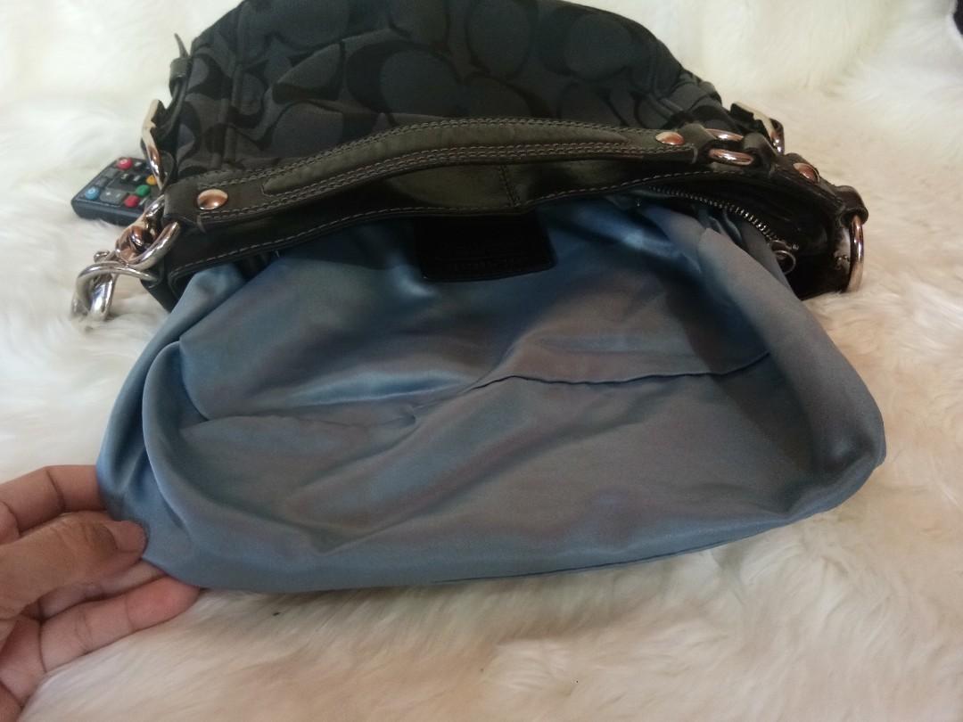 Preloved Coach Shoulder Bag AUTHENTIC #prelovedwithlove #HBDSale