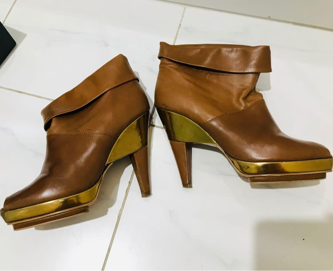Sachi Brown authentic 100% Leather Gold Plate Booties Heels Peeptoe Size 37.5 Womens RRP $229.95