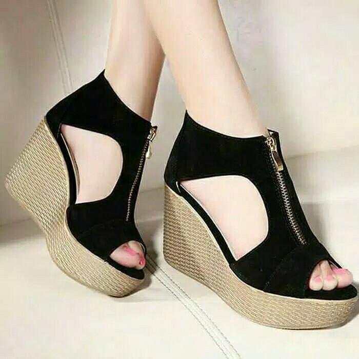 302fabe1c93 Sandal Wanita Fashion Luxury, Women's Fashion, Women's Shoes on ...