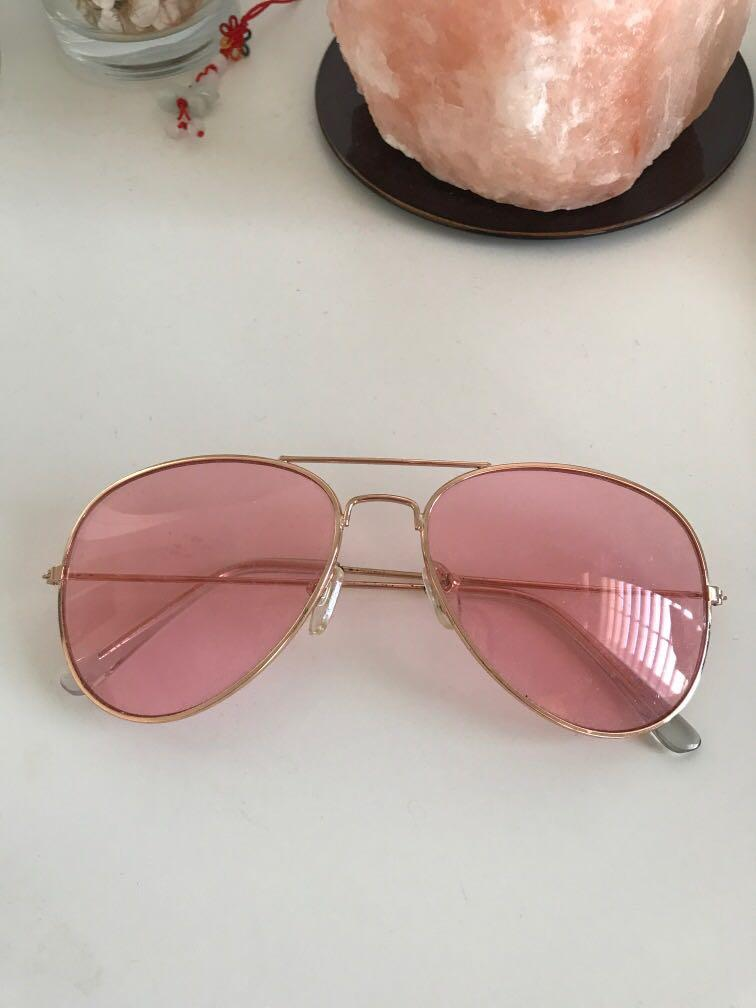 URBAN OUTFITTERS Pink aviators