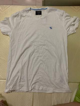 Abercrombie & Fitch Tee authentic