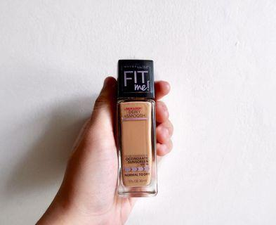 Maybelline Fit Me Dewy + Smooth Foundation 220 Natural Beige