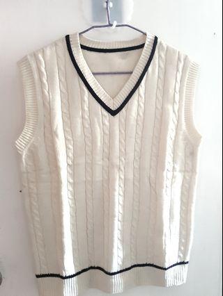 學院風白色寛鬆背心冷衫