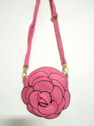 🚚 粉紅玫瑰🌹 小包包💕