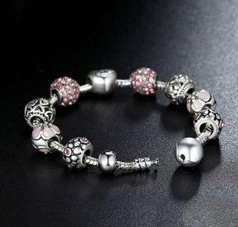 🚚 silver plated charm bracelet