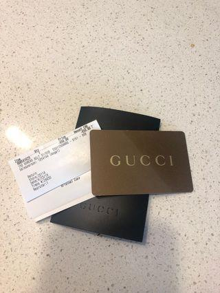 Gucci giftcard has $650