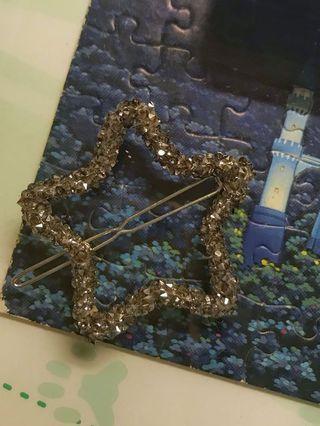 文青星星髮夾 Star shape hair clip