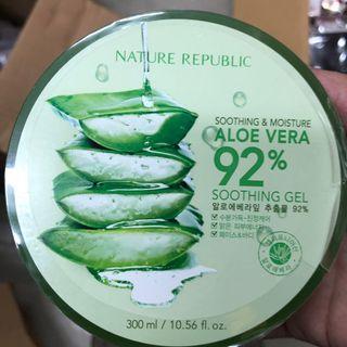 Nature republic 蘆薈膠 送Dr:Ci.Labo 化妝水小樣