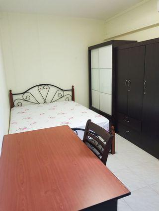 896C WOODLANDS COMMON ROOM FOR RENT
