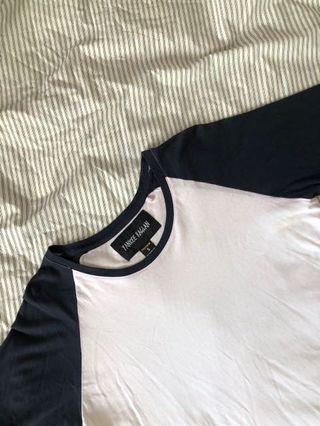 🚚 Factorie Yankee Raglan 3/4 sleeve T shirt