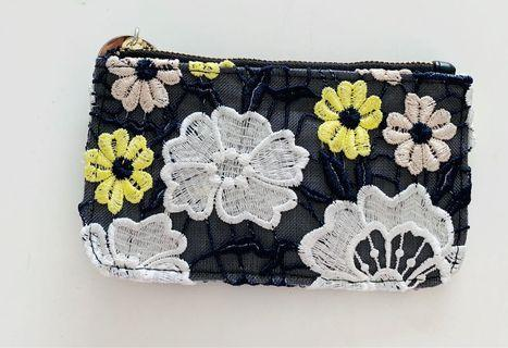 The Posh embroidery clutch bags