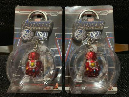 Hottoys Cosbaby Avengers Endgame Ironman Nano Gauntlet Key Chain 納米手套匙扣