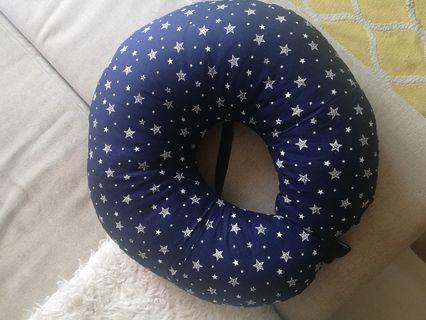 Custom made nursing pillow