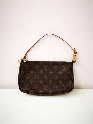 Authentic Louis Vuitton clutch Bag