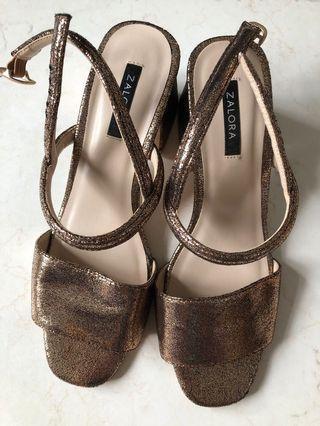 🚚 Sparkly Sandals Heels