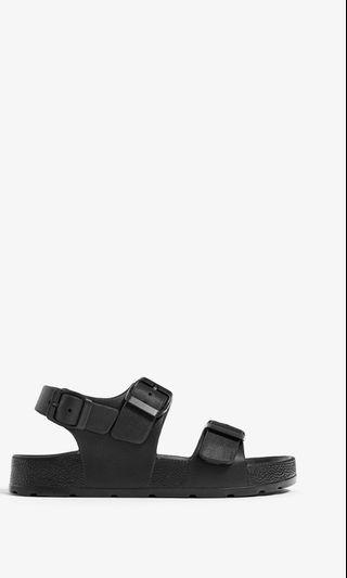 ZARA_單色卡扣涼鞋36