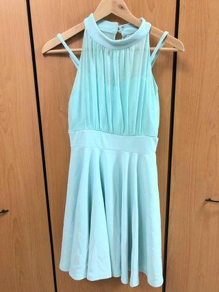 🚚 Mint Halter Bridesmaid Dress (S) with inner lining
