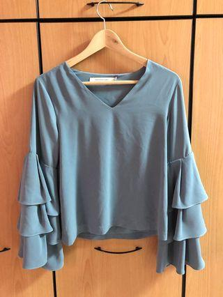 Frontrow by Klarra Teal Bell Sleeve Top (S)