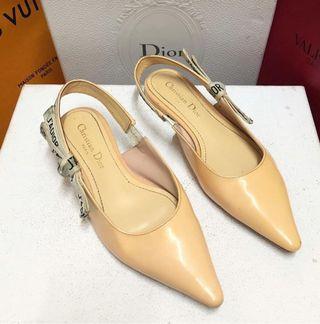 Dior. Size36