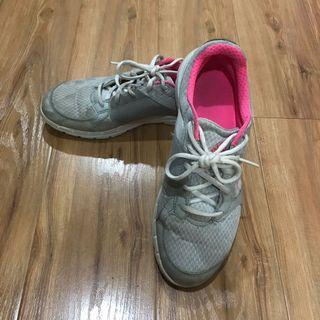 Adidas grey and pink sport shoes