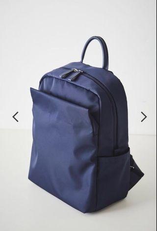Urban lightweight backpack in Navy